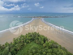 Strand in den Tropen - SkyScreen Pictures | Lufbilder Bilddatenbank | Fotos und Videos
